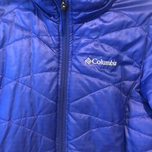 Columbia winter jacket great for outdoors